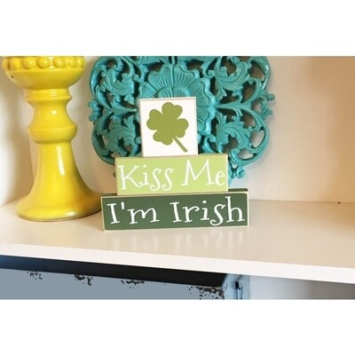 Kiss Me St Patty Day Sign