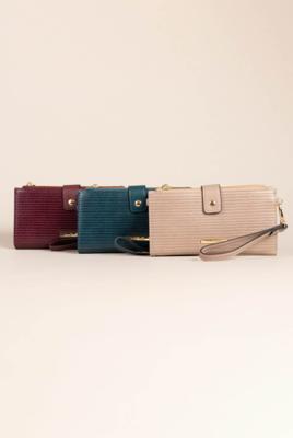 Simply Noelle | Viper Wallet
