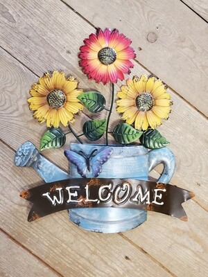 Metal 'Welcome' Watering Can Sign