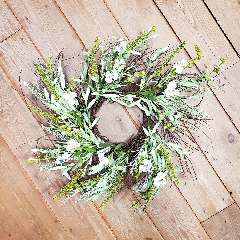 Green/White Twig Wreath