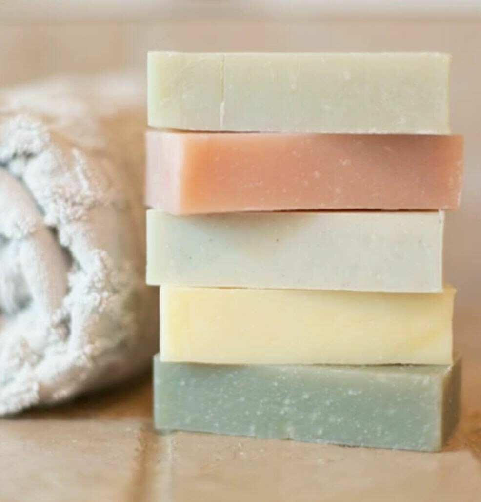 Moon Valley Organics Herbal Shampoo Bar