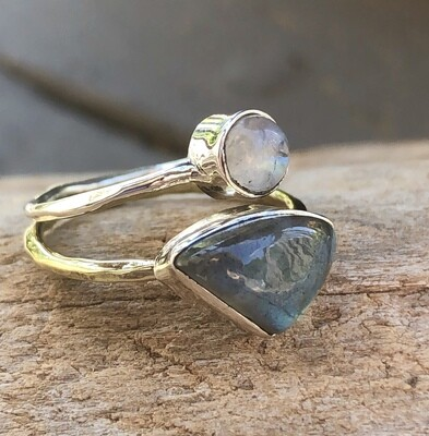 Labradorite and Moonstone Split Ring Size 7
