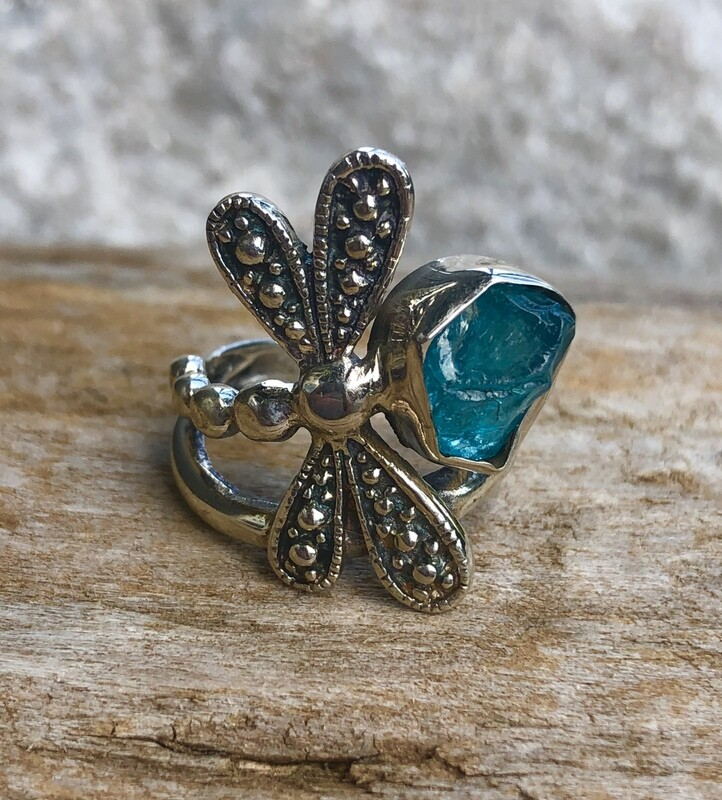 Sterling Silver Dragonfly & Blue Apatite Ring Size 8