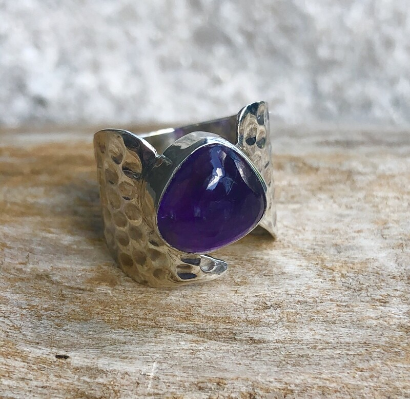 Hammered Sterling Silver Amethyst Statement Ring Size 7