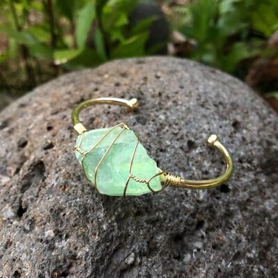 Green Fluorite Rough Gemstone Gold Bangle Cuff Bracelet ~
