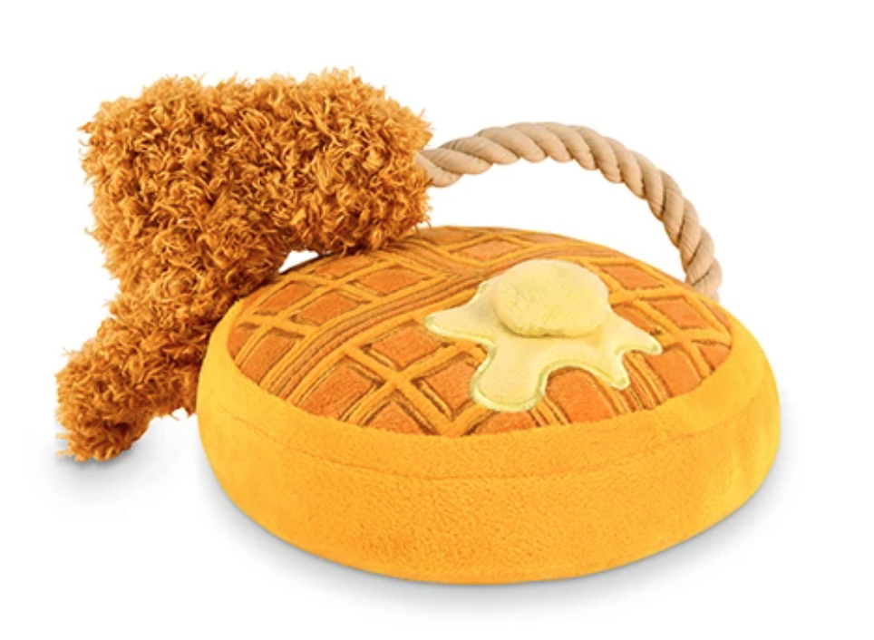 Chicken & Woofles - PET P.L.A.Y