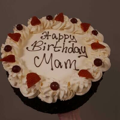 """9"""" Fresh Cream Birthday Cake (Collect after 2.30pm)"""