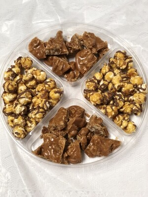 Charleston Collection:  Praline Snaps & Gourmet Popcorn