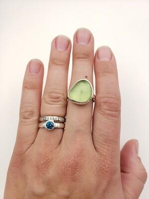 UV Reactive Lake Erie Beach Glass Ring - size 9