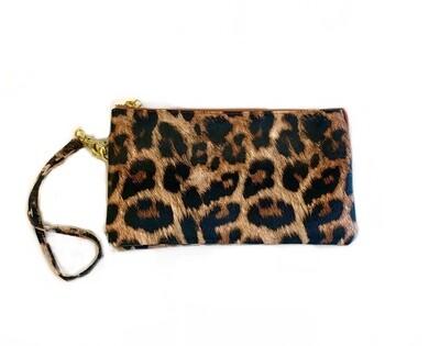 Crossbody clutch leopard