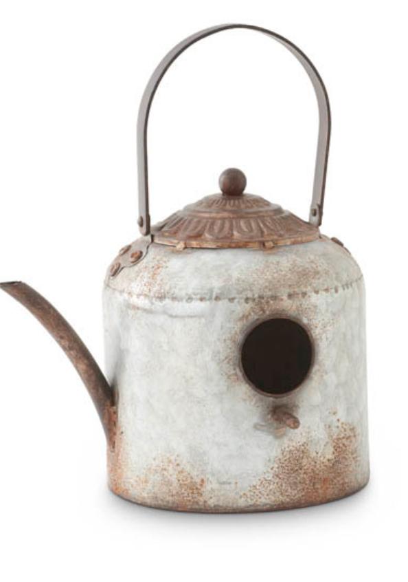 Tin kettle birdhouse round