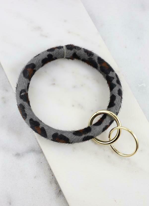 Keychain bracelet Gray leopard