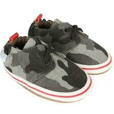 Robeez Cool and casual camo 6-12