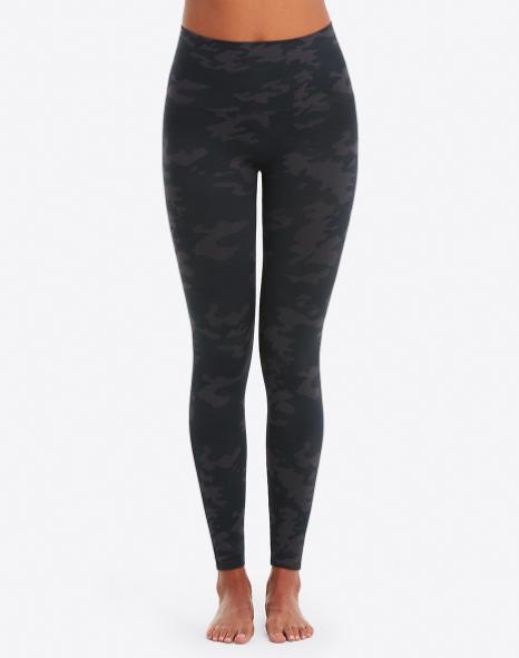 Seamless leggings small black camo