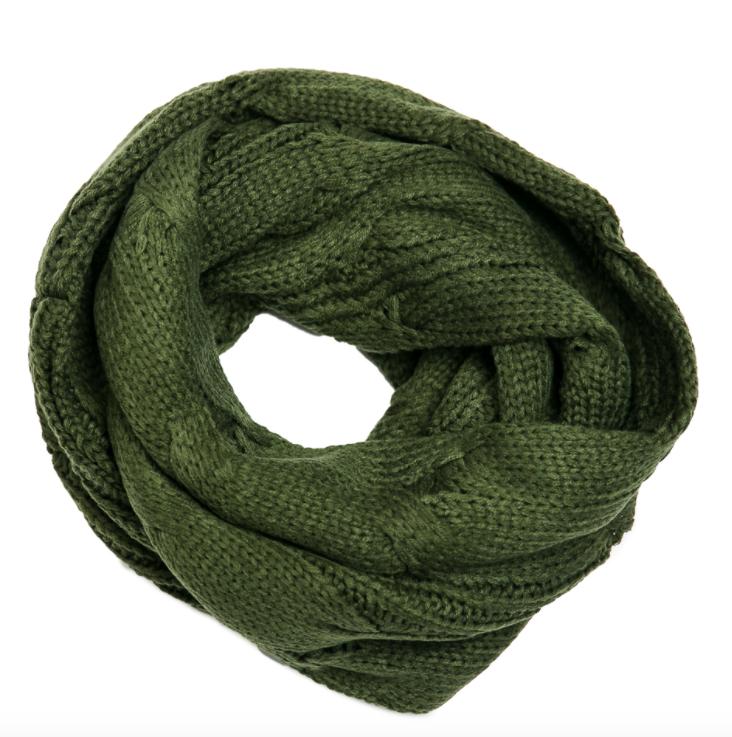 Logan scarf olive
