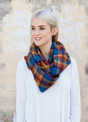Plaid infinity scarf blue