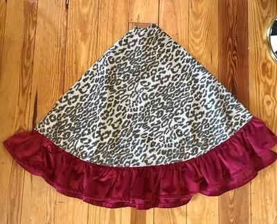 Tree skirt leopard and velvet