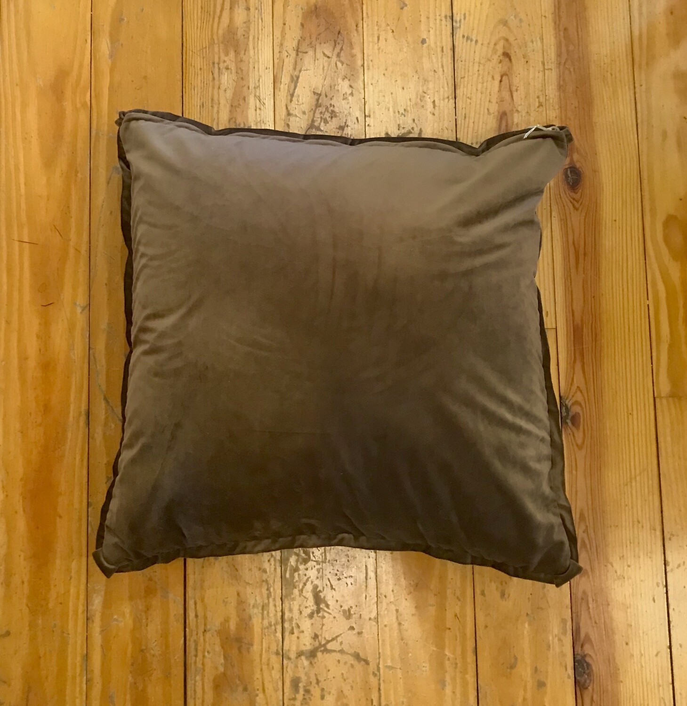 Velvet pillow brown