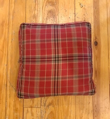 Box pillow red plaid