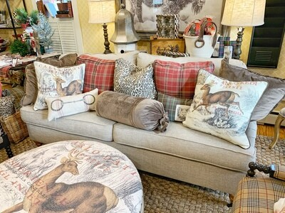 English arm sofa 80x42 inch