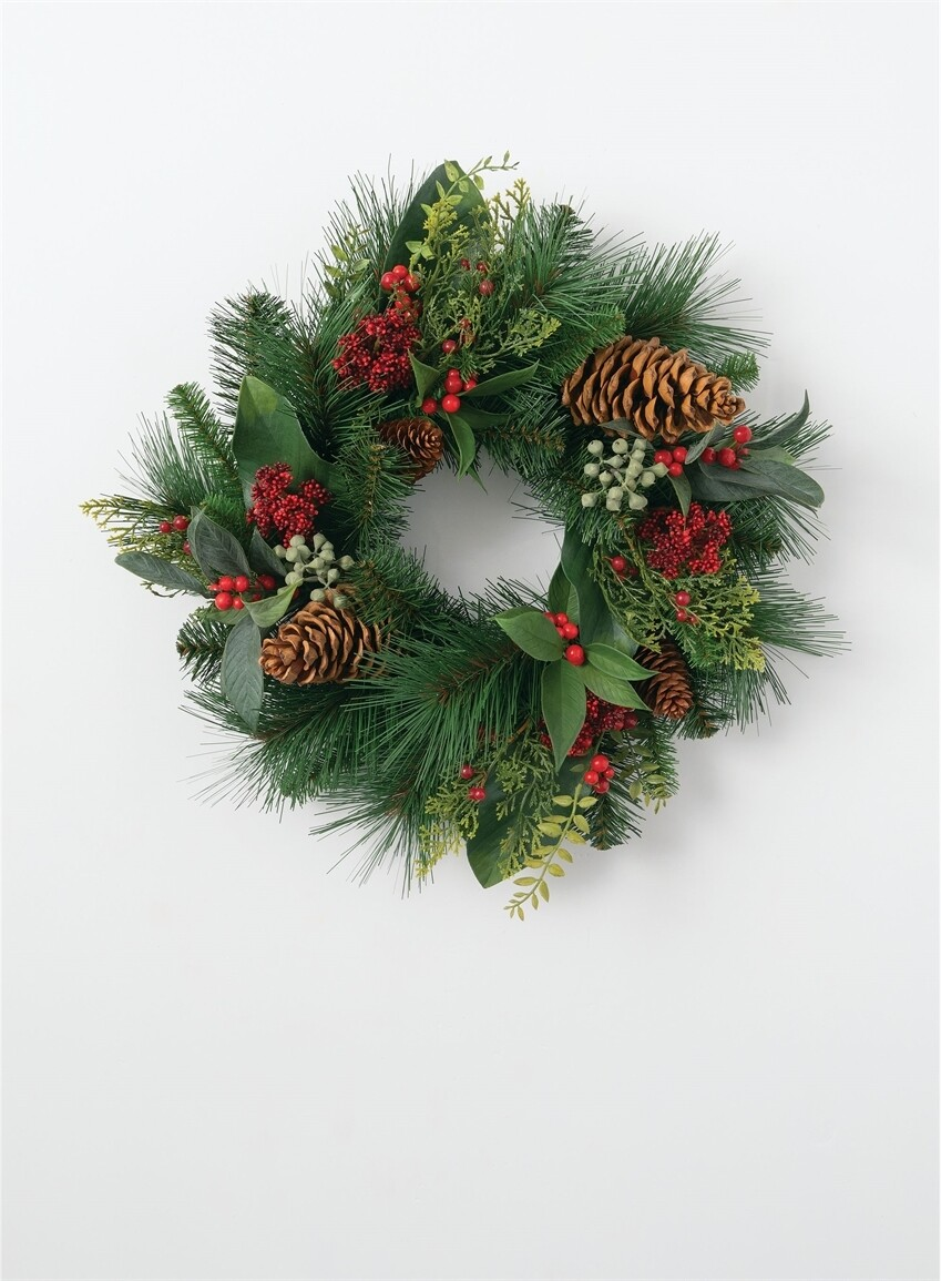 Botanical pine berry wreath 24 inch