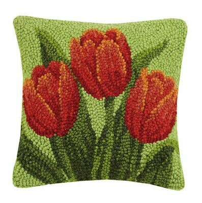 Tulip pillow 10x10