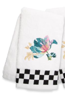 Parrot Tulip Hand Towel