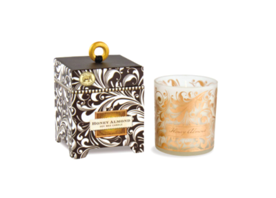 Soy wax candle honey almond 6.5 oz