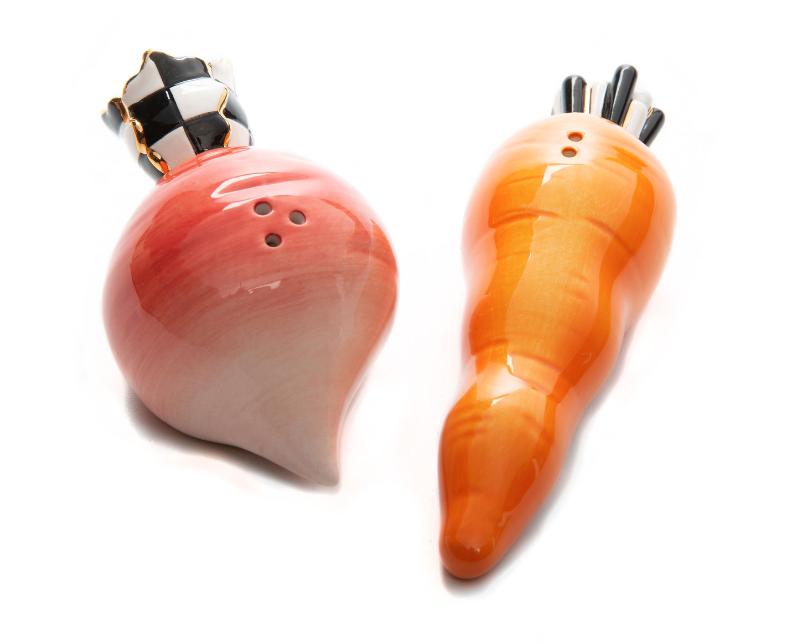 Carrot and beet salt and pepper set