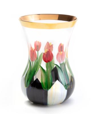 Tulip tea vase