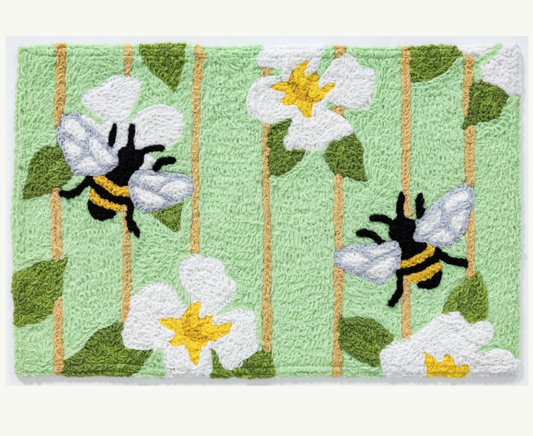 Accent rug honey bees