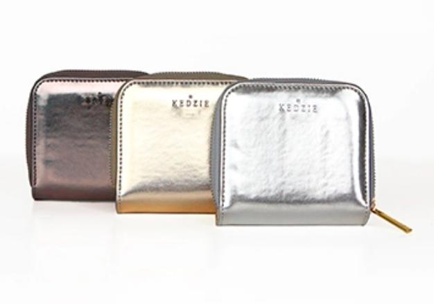 Kedzie influencer gold wallet