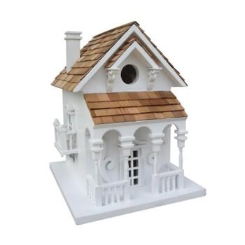 Honeymoon Cottage w/ Bracket