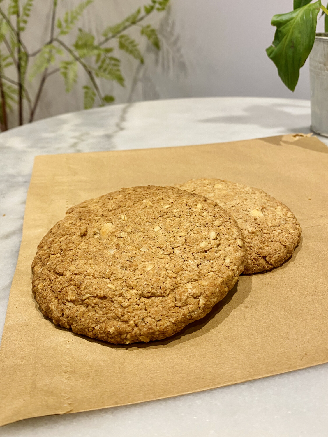 Macadamia & Sweet Spice Cookie