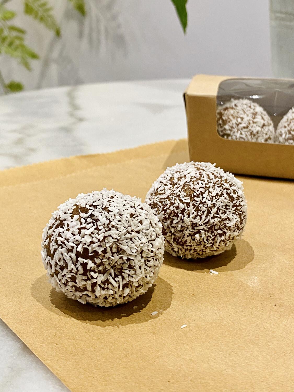 Cacao-Almond Protein Bites