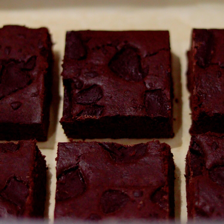 Chocolate Brownie Box (Vegan)