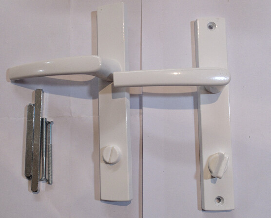 B_Բռնակ դռան սպիտակ Ֆիկսատր
