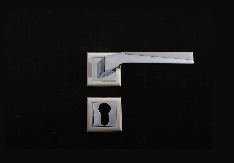 Դռան բռնակ 07-206