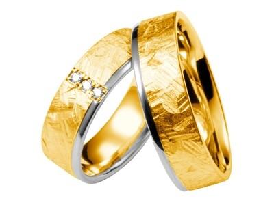 Gehämmerte  Eheringe Zweifarbig Gold gehämmert Trauringe Modern GOLDSCHMIED JUWELIER EDER FELDBACH