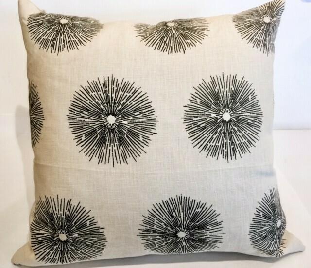 "EN003 Starburst Pillow 20"" x 20"" w/Linen Back"