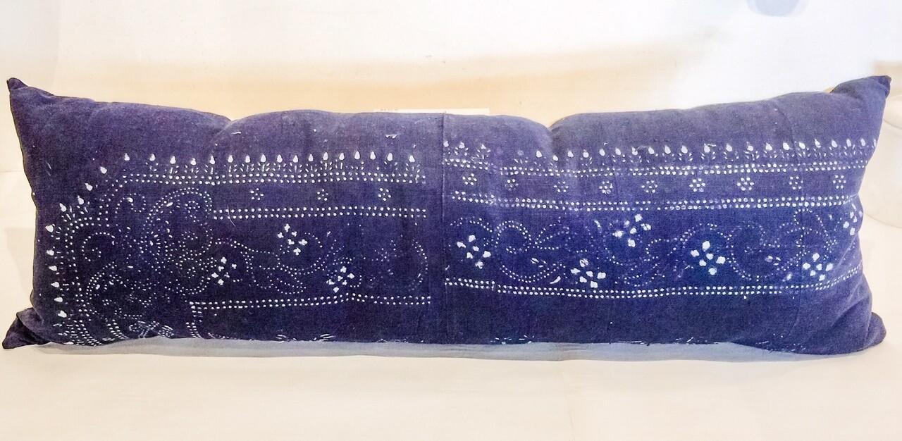 HH004 Indigo Lumbar Pillow