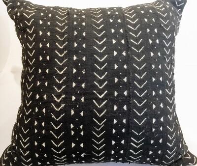 EN013 Black Mudcloth Pillow 21