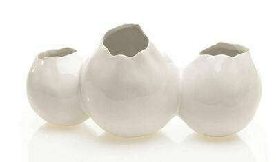 AR070 Triple White Pod Vase