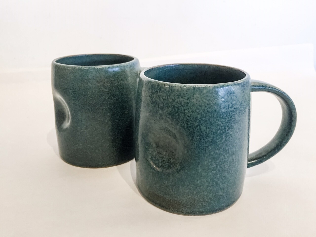 BV142 Stoneware Mug - Matte Reactive Glaze - Grey or Black