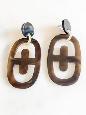 VO019 Honey Horn T drop Oval Earrings