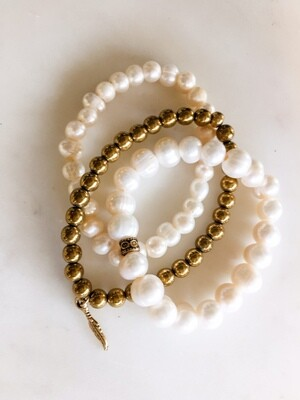 PN094 Pearl + Gold Set