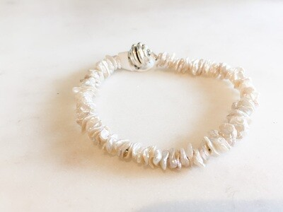 PN098 Pearl Bracelet with Magnetic Clasp