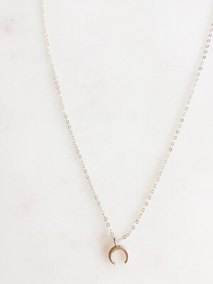 TD420 Silver Chain Necklace w/Crescent Moon Charm - 16