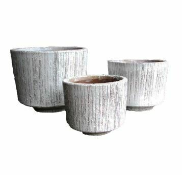 "AE015 Felicia Planter - Small 10"" x 12.5"" - White"