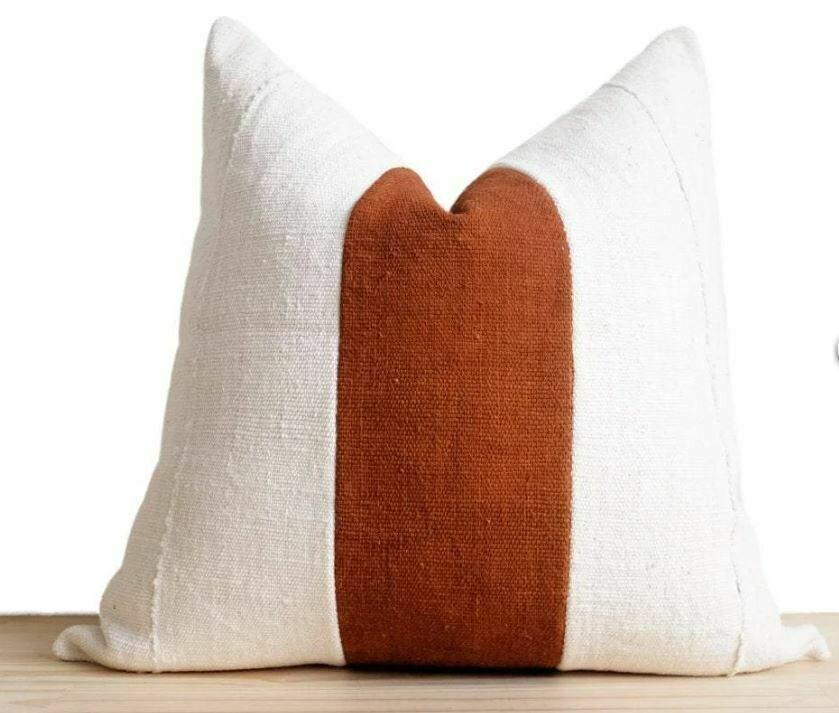 """CB010 Musa Pillow - Rust 17"""" x 17"""""""